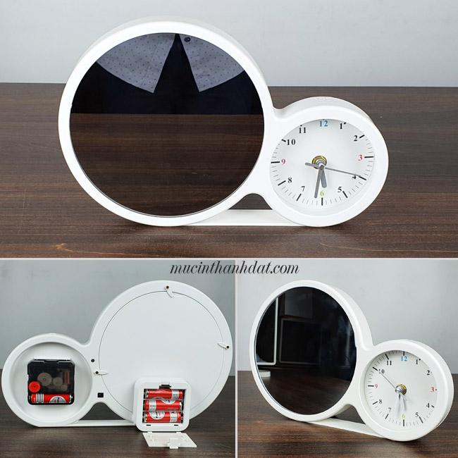 Gương trang điểm thần kỳ dùng pin đồng hồ